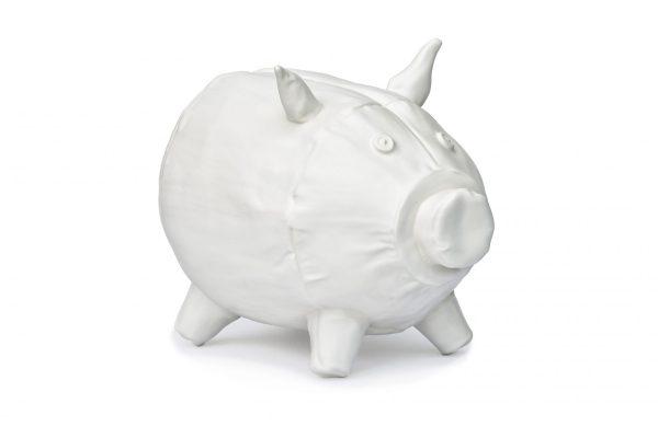 Soft-piggybank-Cor-Unum-Kiki-van-Eijk